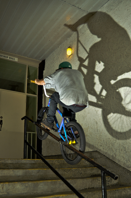 Cody Brown doing a double peg up the rail.