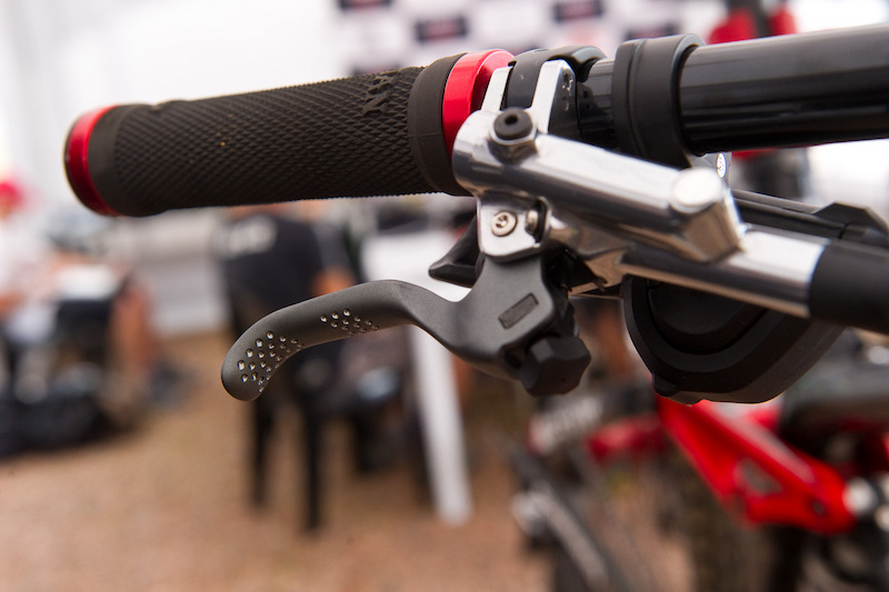 Can you say PROtotype Aaron Gwin is not rocking a standard XTR master cylinder on his Session.