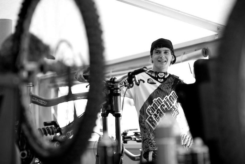 Team Chain Reaction Nukeproof at La Bresse 2011