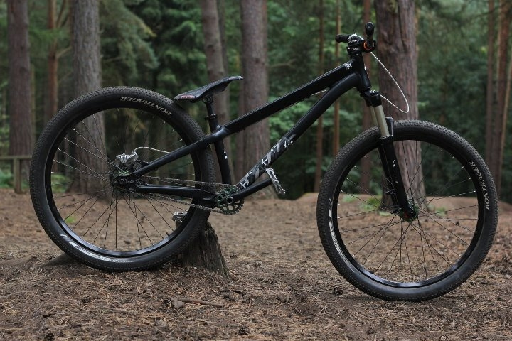 The Specialized p3 in dirt jump mode