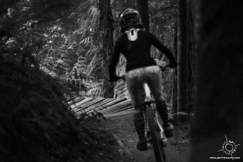 Jessee Maule riding the Duthie Hill trails in Issaquah WA while fimling for Projekt Roam Chasing Gravity-Episode 3.