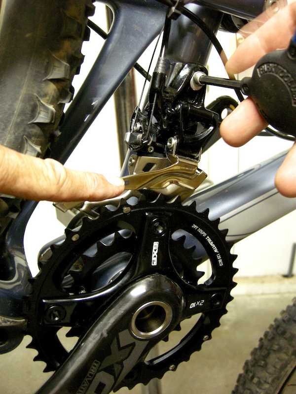 set der above chainring