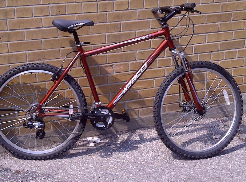 2009 Norco Pinnacle Mountain Bike For Sale