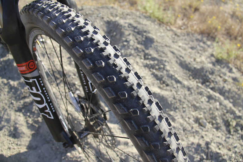 Specialized Captain 2.2. Tubeless.