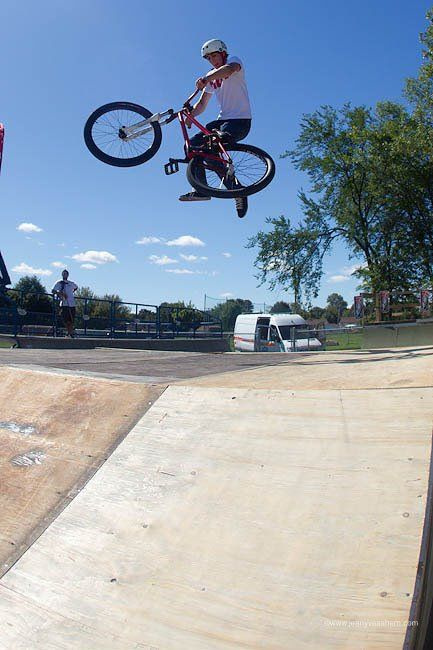 late tailwhip (landed)