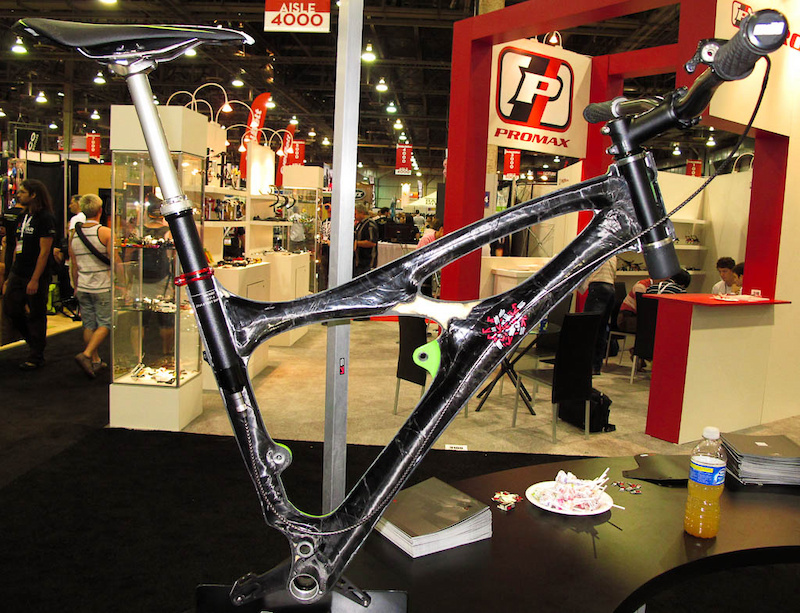 Interbike 2011 picture - KS LEV Integra