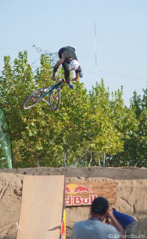 Nuno Barroso decade. 2 at the dirt competition.
