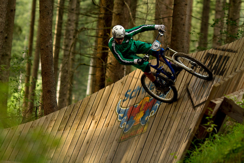 Flo Gottschlich again - wallriding and trying to gain speed for the following berms