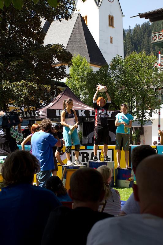 ladies on the podium winning Birgit Braumann