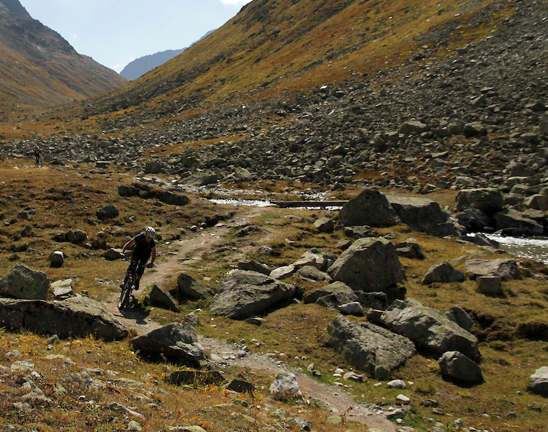 Suvretta Pass to Spinas then to Bever and finally to Celerina - heavenly descent