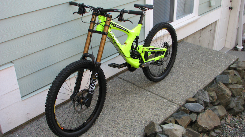 My New 2012 Intense M9 First One In North America With The Neon Yellow