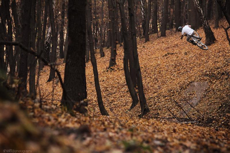 vibe of autumn freeriding :) http://sheiffa.blogspot.com/
