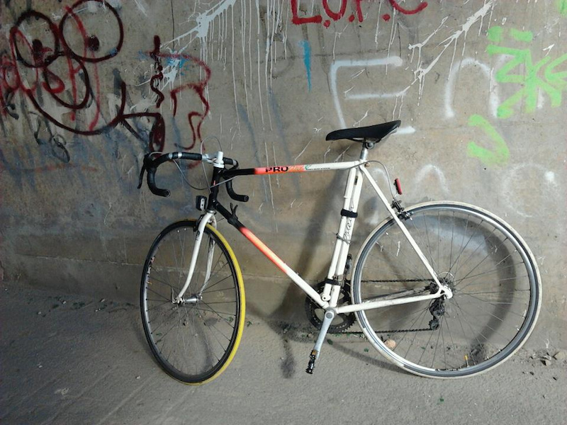 classic 80's raeligh pro race, reynolds 501, shiamano gear/crank, weinmann brakes, fully working awesome classic