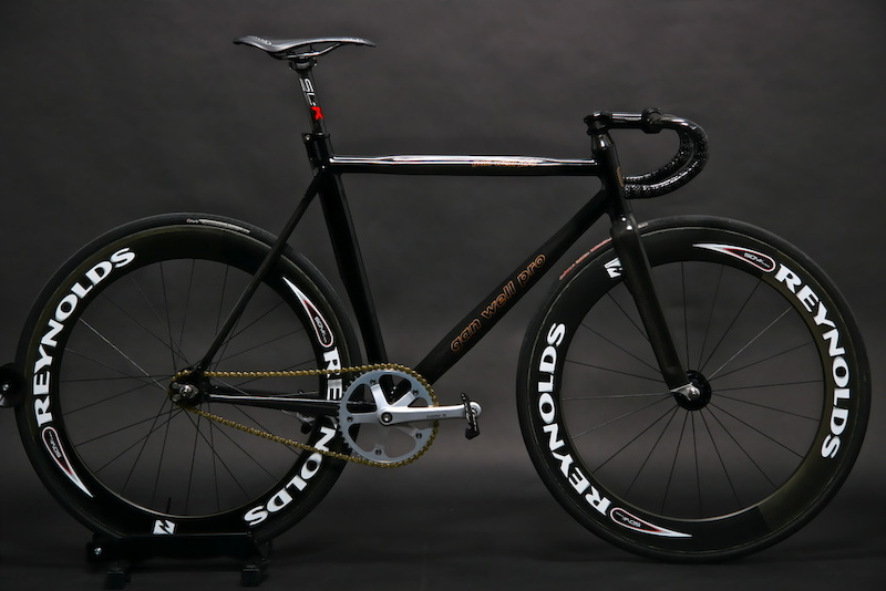 Gan Well Pro TRACK BIKES ARE FOR VELODROMES, NOT THE ROAD HIPSTERS