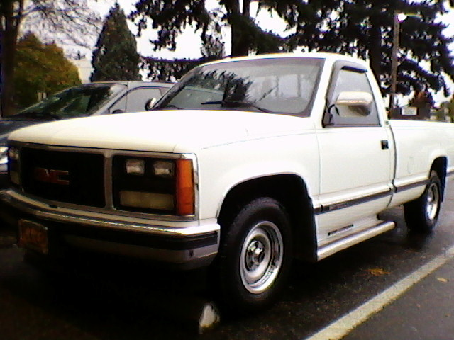 1988 GMC Sierra 355 V8 Engine 300HP 400Torque 350th Tranny with a shift kit and torque converter. Limited-Slip Rear end with 3 73 Gearing This thing ll do burnouts for as long as you d like it to D and it ll snap you back in your seat.