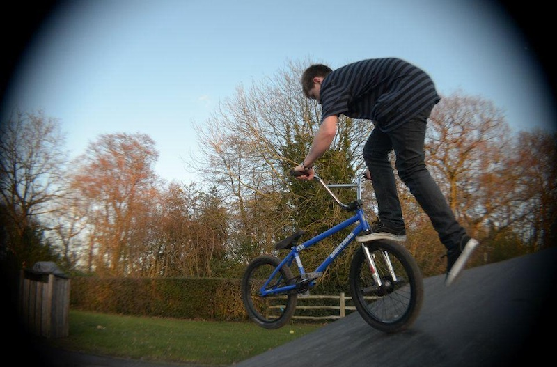 foot jam whip on the bank