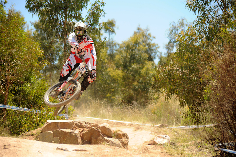 Photo courtesy of http theroostmag.com.au Team news at www.facebook.com trailmixproconracing
