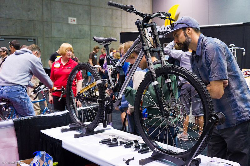 Ahh Risse Racing. A headscratcher for me... I do not have a large enough cranium to be able to successfully tweak this bike for my own riding needs. EVERYTHING on this machine is adjustable for a full custom ride. Is it practical I have no idea. But it seems fairly logical that if you send them your geometry utilizing this frame they can mimic your angles and better determine a custom shock for your whip.