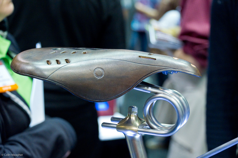 sprung bike saddle
