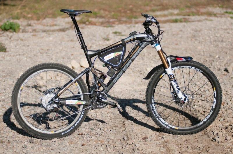 Fabien Barels Mondraker test bike.