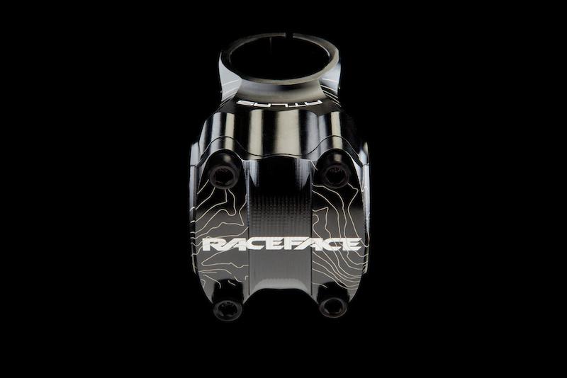 "Race Face Atlas MTB Mountain Bike High Riser Bar 1.25/"" Rise x 785mm Tooth Blue"