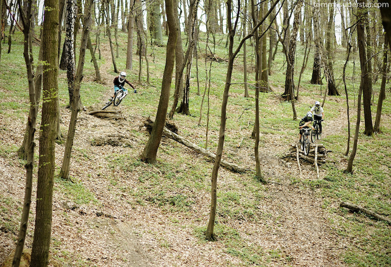 Riding together with Szaman and Filip photo by www.tommysuperstar.com  My fanpage: http://www.facebook.com/Jaws.Freerider
