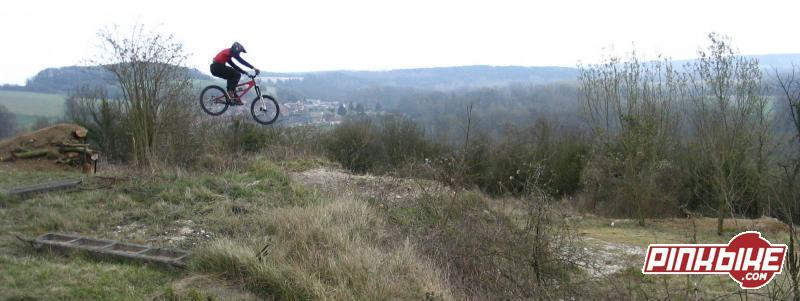 Nouvelle piste de DH de Contoire-Hamel (80)  http://forum.velovert.com/index.php?showtopic=61985&st=120