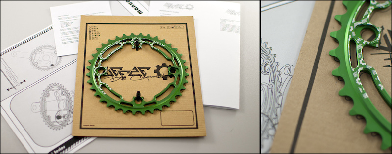Contents of the package - Chainring bolts Warrenty Card Cras Replacment Card Manual