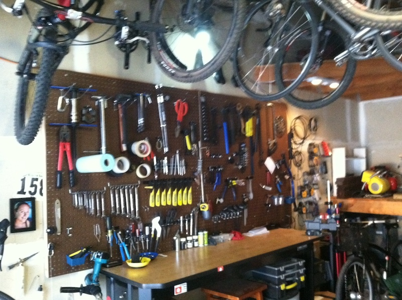 organize your garage ideas - Post your home workshops Page 44 Pinkbike Forum