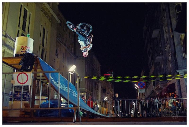 Shots of Maciej Kiwak at Red Bull Mobile Street Attack in Katowice, Poland. Photo credit: Kuba Urbańczyk - www.kubaurbanczyk.pl