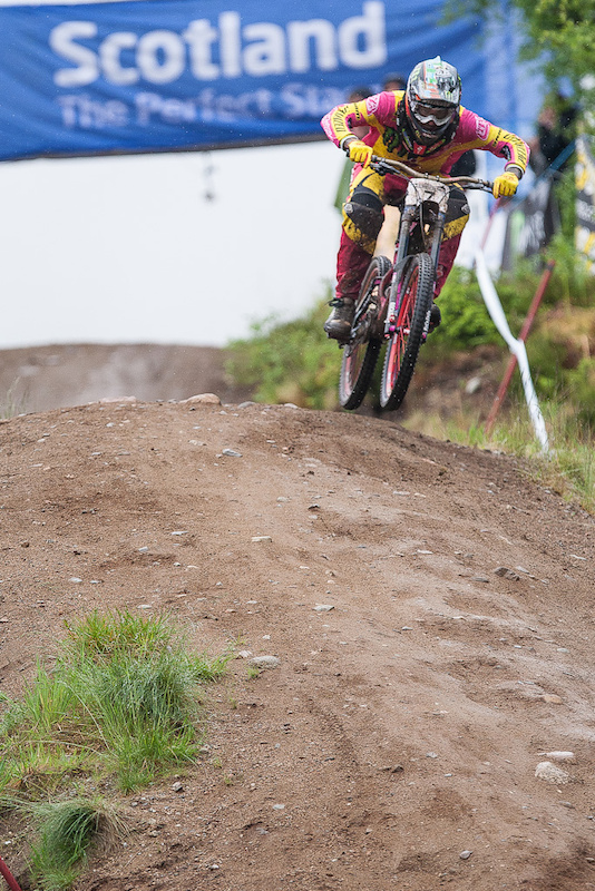 Sam HIll is finally back on form 4th place on the podium and smiling all week. Watch out at MSA.