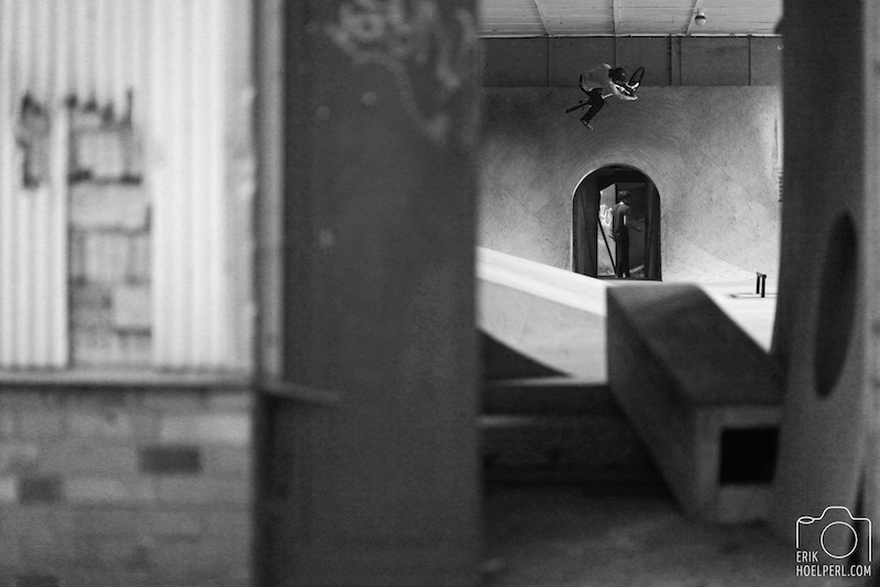 Opposite One foot Table over the entrance. selfportrait www.facebook.com hoelperl
