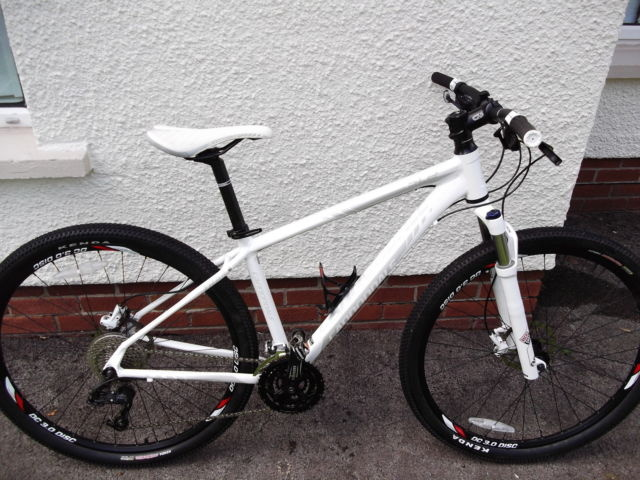 2012 Cannondale Mountain Bike Trail Sl2 29er Hardtail Xc
