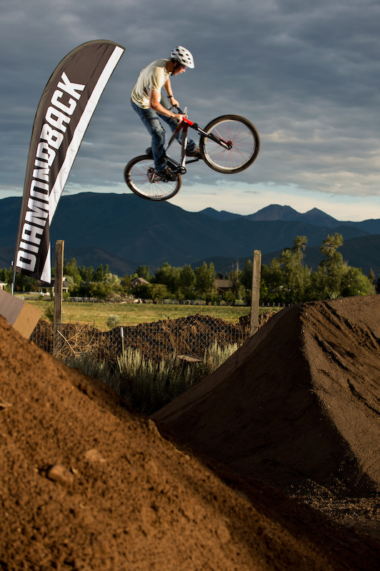 Pinkbike contest winner Ted throwing down at the Diamondback 2013 product launch