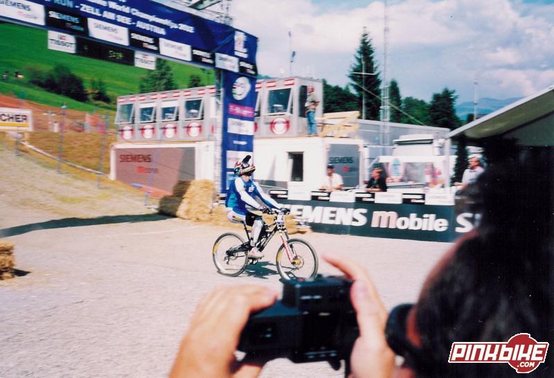 mountainbike world championchips 2002 - DH final run ...and the winner