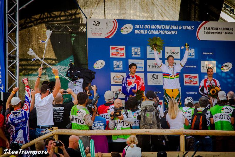 Mens podium