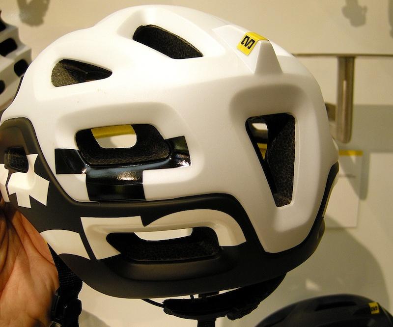Mavic Notch helmet back view