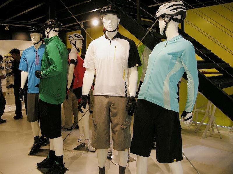 Mavic Notch clothing