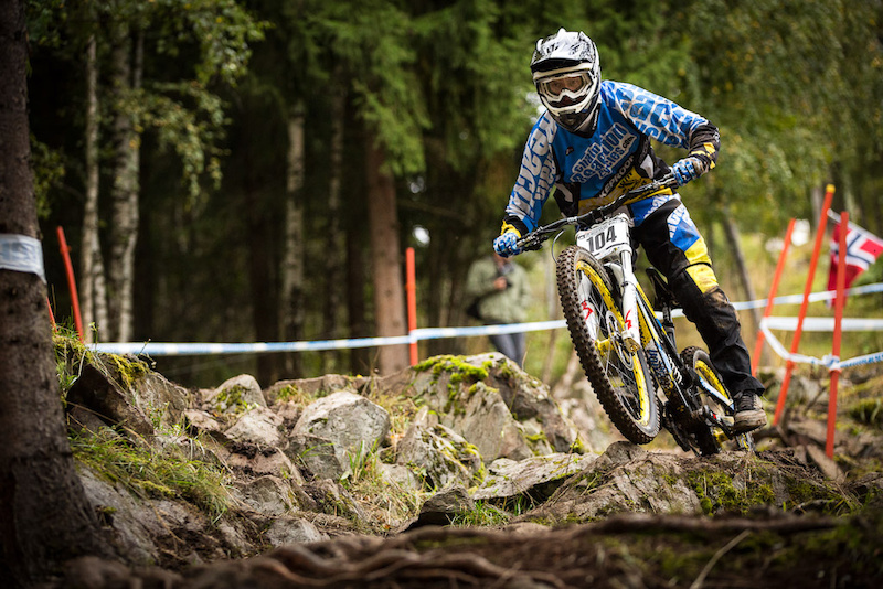 Qualifying and practice for the final World Cup of 2012