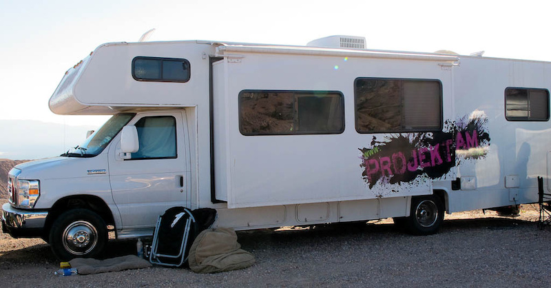 LIving on the road - Projekt Roam s house on wheels.