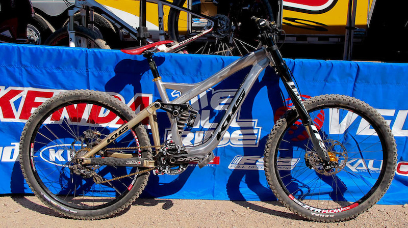 KHS had their 650B DH Prototype at the booth showing that they are giving the medium wheel size a chance on the gravity scene.