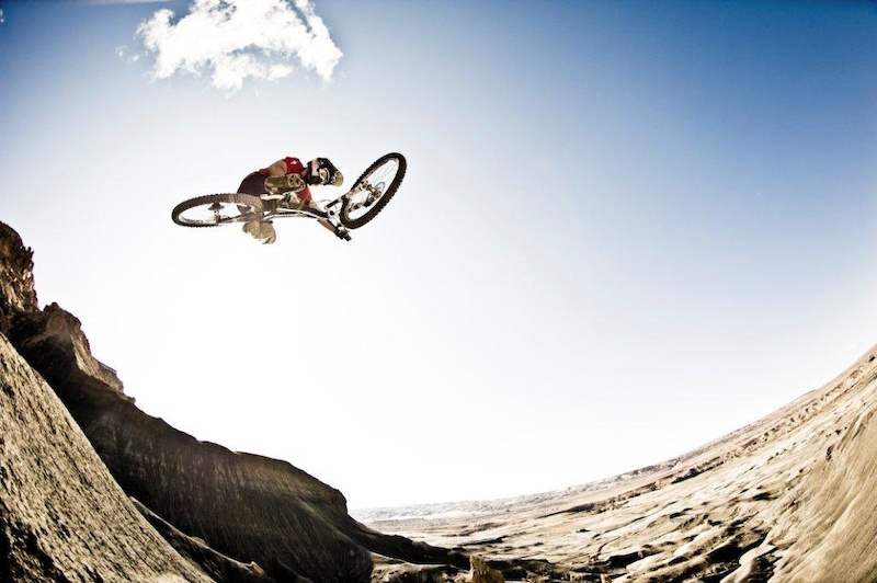 Darren Berrecloth goes big in Arizona USA during the shooting for Where the Trail Ends