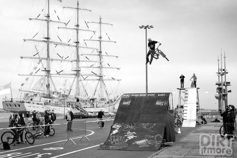 """Our friends from Dirt It More and Three60 made this show at """"Day without a car"""" at Gdynia 2012. We also think bike is the best non-polluting vehicle out there! Our rider: Piotr """"Kraja"""" Krajewski, and test riders: Szymon Miłosz, Karol """"Bocian"""" Pełka, Oskar Macuk, Daniel Zawistowski and the new one, from dirtpark.org crew: Dominik """"MOP"""" Szymanski showed """"normal"""" people that MTB is not dead and shred theirs at the harbor!"""
