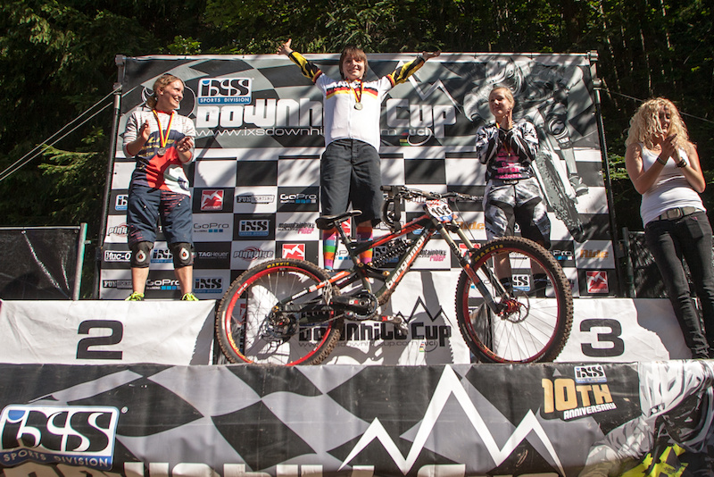 Harriet wins the German national downhill championships for the third time in a row. Pic: Thomas Dietze