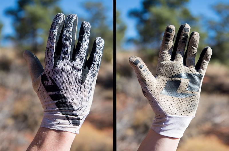 One gloves