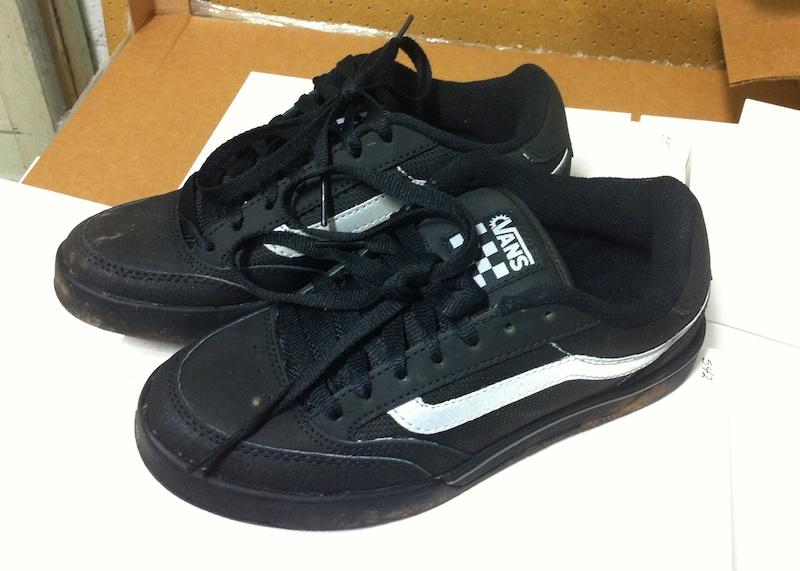 140f023dd901 Vans Gravel Shoes Size 7 For Sale