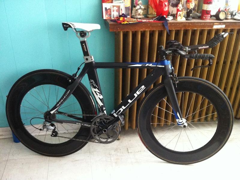 Blue T 14 Time Trial Triathlon Bike Carbon Wheels Small