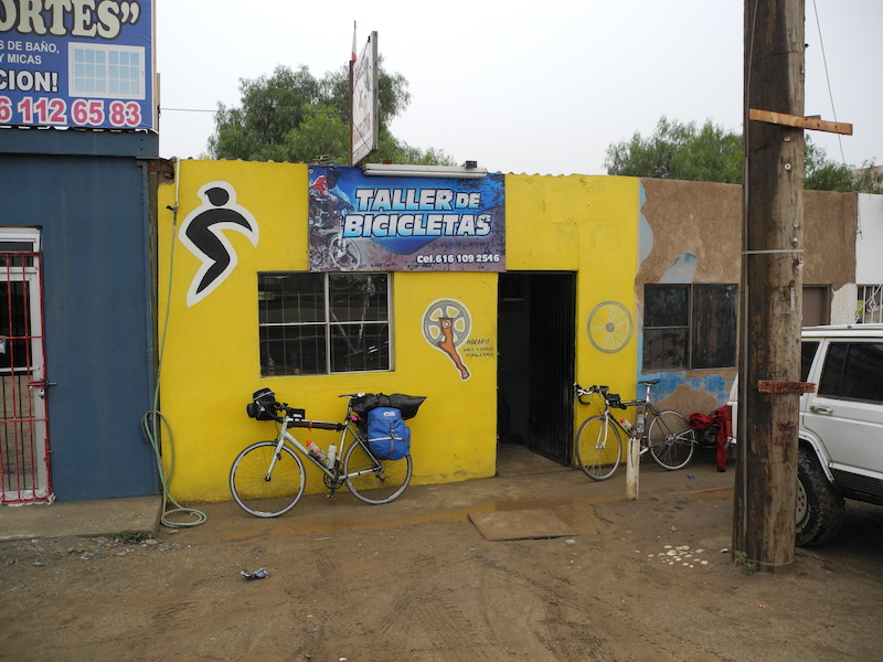 Lucky to find this bike shop in San Quintin