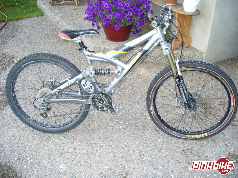 2001 Giant Warp Ds1 Size Small Silver 03 Parts On 04 Frame For Sale