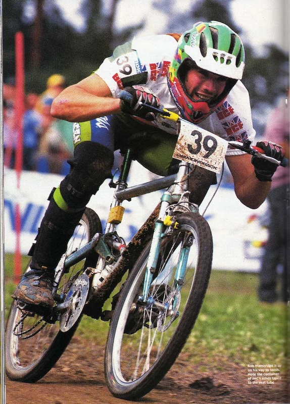 Rob Warner going for 10th place with broken chain. Notice Jason McRoy ashes on seat tube Photo Saracen